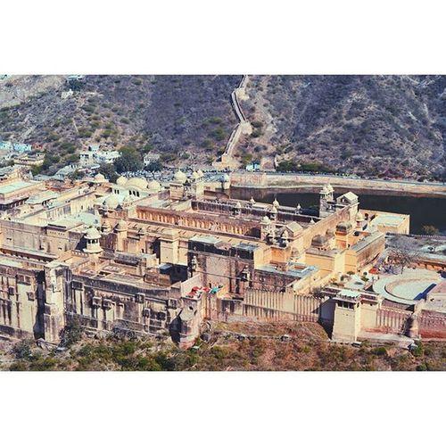 Location - Amer Fort (Amber Palace), Jaipur, Rajasthan, India India IndiaJourney Vscocam VSCO Vscoindia Vscoexplore Vscotravel Vscojaipur Explore Travel Journey Vscojourney Jaipur Rajasthan Amerfort Amer AmberPalace Skyview