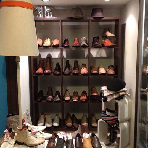 #bluesuedeshoes #pakingtonstreet #hats #fedora #handmadeshoes Bluesuedeshoes Handmadeshoes