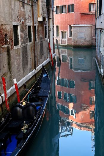 Venice Venice, Italy Water Water Reflections Architecture Architecture_collection Gondola - Traditional Boat Colors Red Reflection Canon