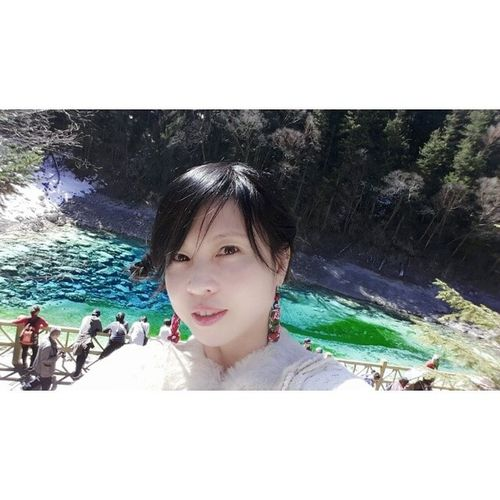 ColourfulLake 20140316 Jiuzhaigou China SelfCaptured