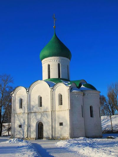 Россия, Архангельская область Place Of Worship Blue Architecture Dome Religion Travel Destinations Building Exterior Tranquility Bell Tower - Tower No People Outdoors Sky Clock Clock Tower Day