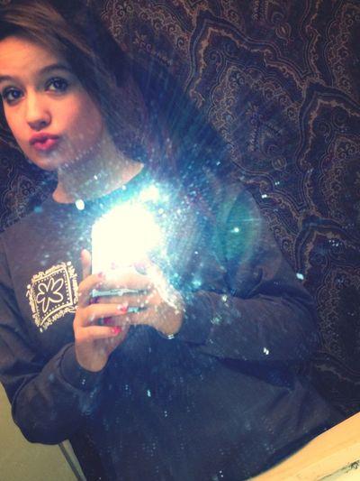 Kissses .