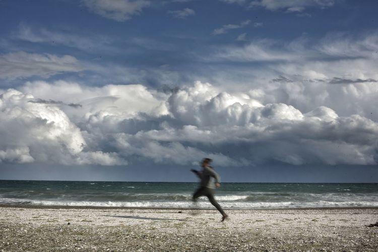 run Sand Dune Sea Beach Water Full Length Storm Cloud Sand Sport Headwear Summer