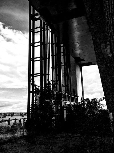 ahrstuhl Blackandwhite Lift Destroyed