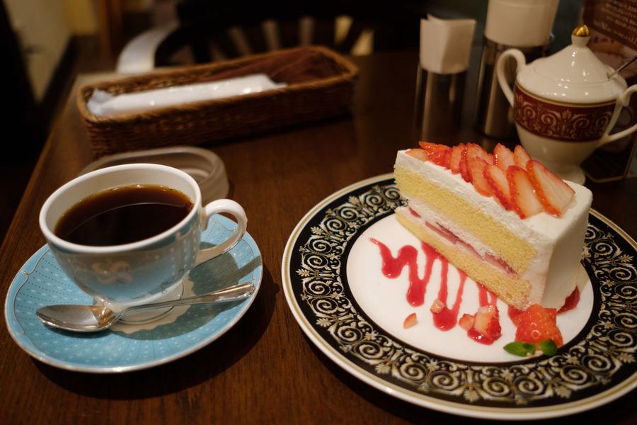 Coffee Coffee Time FUJIFILM X-T2 Japan Japan Photography Cafe Cafe Time Cake Coffee Cup Drink Food And Drink Fujifilm Fujifilm_xseries Ichikawa Table X-t2 カフェ カフェラミル ケーキ コーヒー 喫茶店 市川