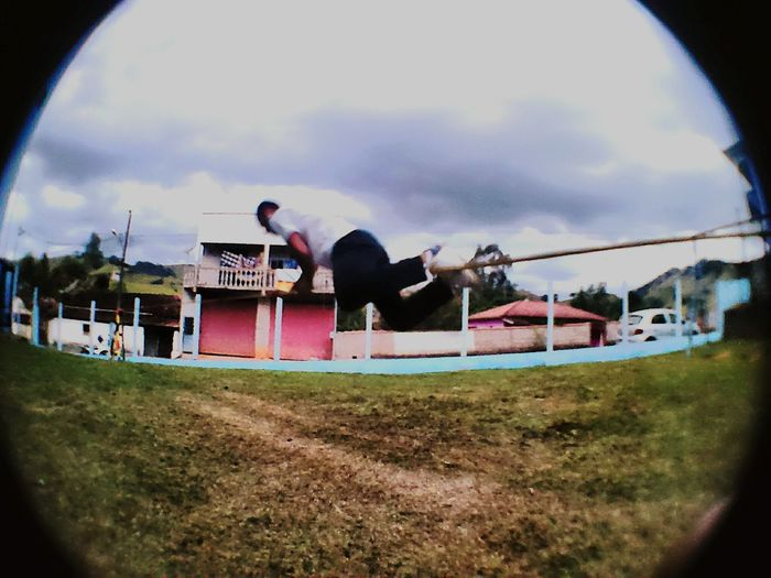 Treino de slackline do dia!! Slackline Slacking SlackerLife Slacktube Slacklinebrasil Slacklining Slacker Day First Eyeem Photo