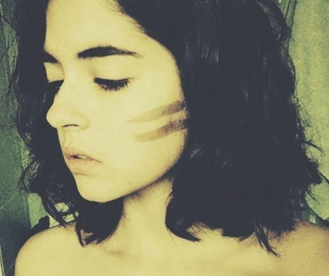 •La tristesse assèche le coeur de qui n'a plus de larmes pour pleurer• Wildlife Sad Girl