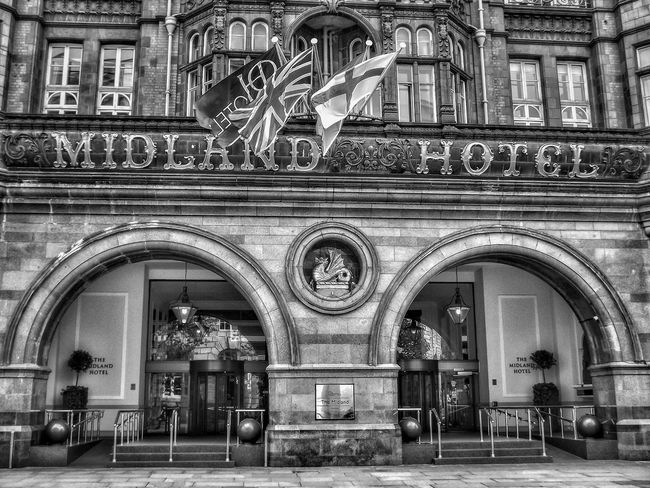 Midland Hotel Manchester Architecture Arch Built Structure Building Exterior Bnw_captures Bnw_shot Picoftheday EyeEm Diversity Monocrome Photography Black And White Photography Fujifilm Malephotographerofthemonth Creative Light And Shadow The World Through My Eyes Travel Destinations Architecture Black And White Portrait Midland Hotel Manchester City Centre