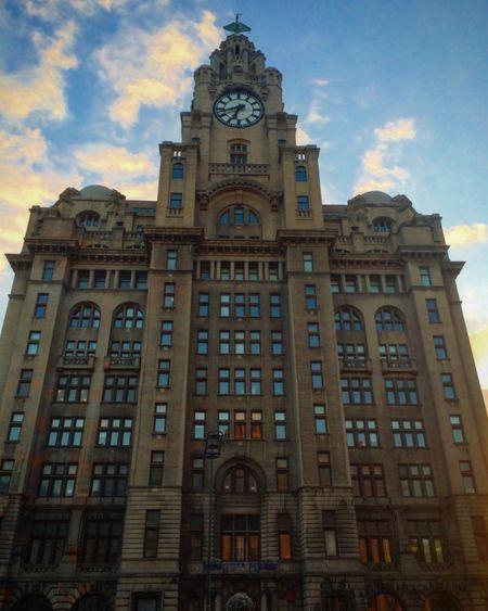 Liverpool RoyalLiverBuilding Liverbird Architecture England