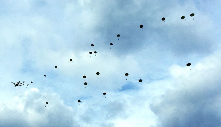 Soldier Parachute Paratroopers