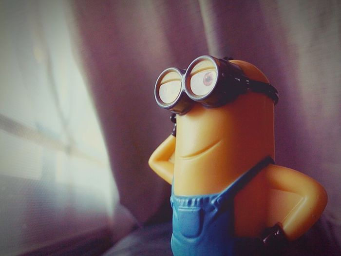 Helloworld Minion  Kelvin Seetheworld  SeeTheSky Looking Outside Lookmyeyes Relaxing Mysexysmile