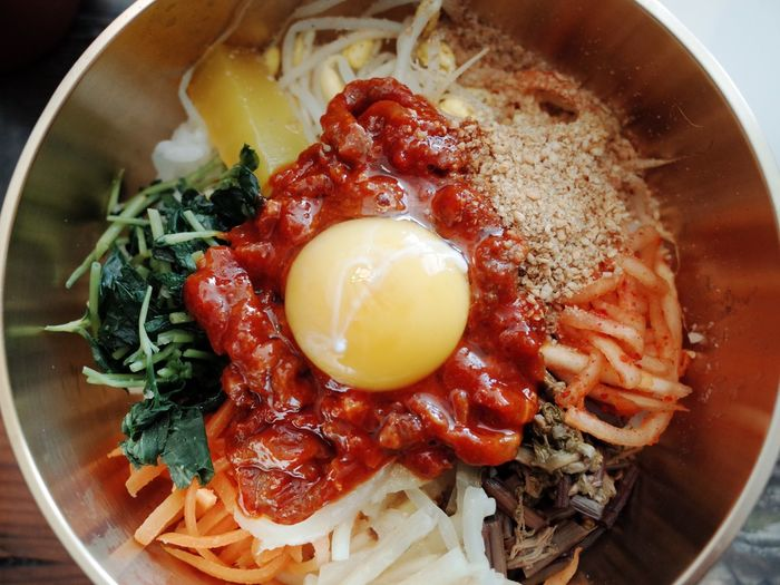 Yummy Asian Foods Nofilter 전주비빔밥 비빔밥 Bibimbap Rice Korean Food Food Food And Drink Ready-to-eat Healthy Eating Egg Freshness Wellbeing Indoors  Egg Yolk Serving Size Meat