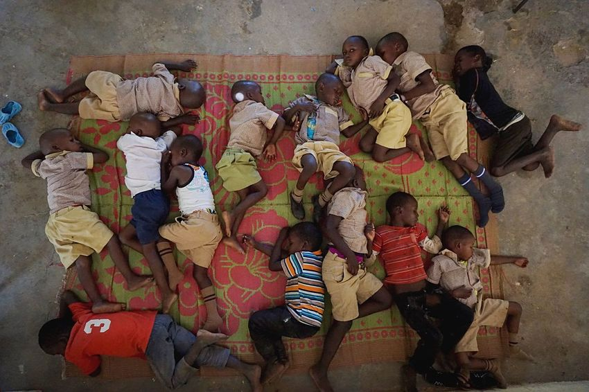 Take A Short Nap Photojournalism Kids Sleep Student Kenya High Angle View Group Of People Real People Clothing Art And Craft The Photojournalist - 2018 EyeEm Awards Indoors  The Portraitist - 2018 EyeEm Awards EyeEmNewHere