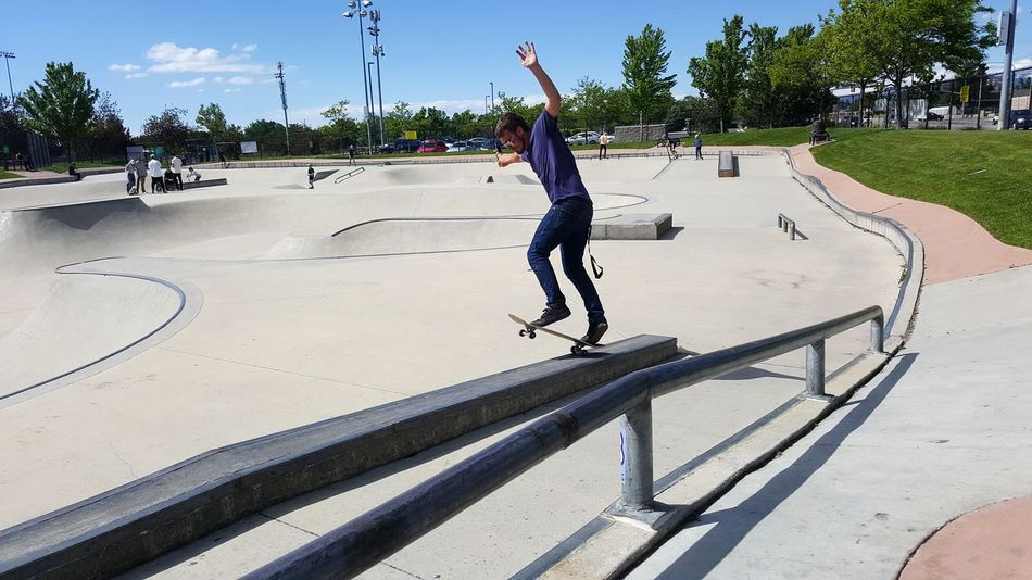 Friday Skateboard Park Skateboard Balance Hoodlum EyeEmbestshots Photography Themes Inthemoment Theme Skyscapes Sky_collection Classic Skater Stllskating Lights And Shadows EyeEmBestEdits Outdoors Photography In Motion Grindin EyeEmNewHere