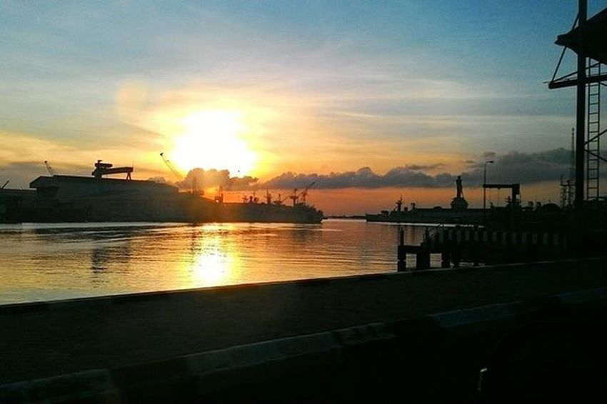 Beautiful sunset at Armada Timur Indonesian Eastern Naval Base Armatim Tnial Indonesianmilitary NKRI