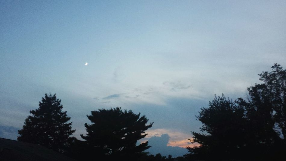 Goodbye sun, hello moon. 🌞🌜 Moon Sunset Skylovers Sunset And Clouds  Sunset Silhouettes Summer Vibes Jersey Sky And Clouds EyeEm New Jersey Balance