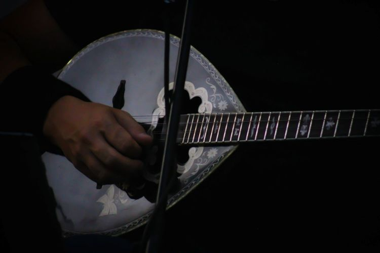 Kalispera Greece Athens Greek Style Greek Music Music Musical Instrument Human Hand One Person Night Plucking An Instrument Guitar Human Body Part Adults Only Playing Arts Culture And Entertainment
