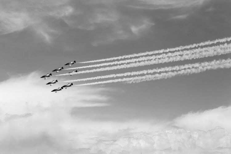 Cloud - Sky Airplane Air Vehicle Airshow Cooperation Teamwork Sky Mode Of Transportation Flying Plane Speed Fighter Plane on the move Smoke - Physical Structure Motion Transportation Vapor Trail Order Military Airplane Arrangement No People Skill  Outdoors Blackandwhite Black And White Black & White Skyporn
