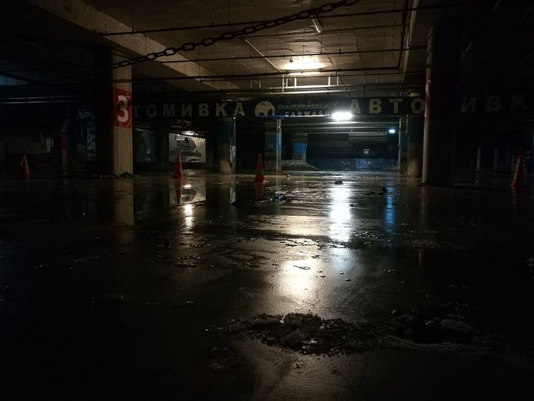 The beauty of the abandoned Reflection Garage Winter Indoors  Nightphotography No People Night Lights Abandoned Empty Places Car Garage Snow Water Reflections
