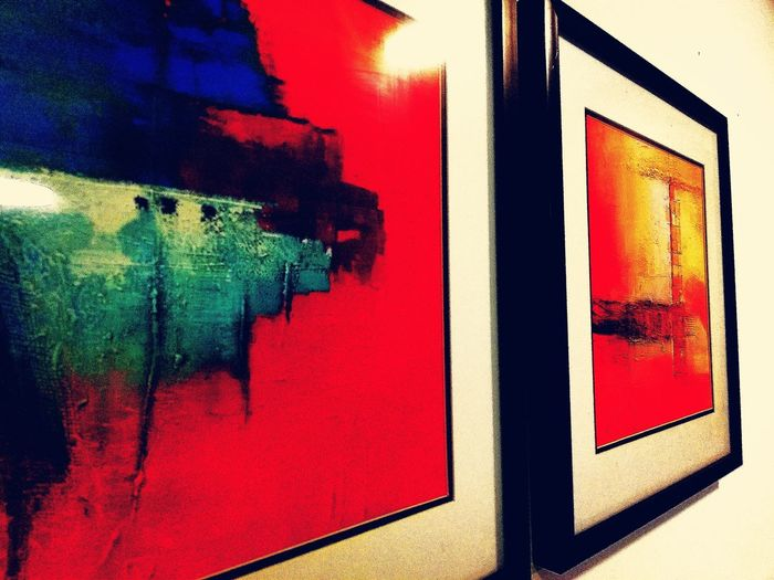 Painted Image Multi Colored Red Paint Abstract Window City Architecture Close-up Built Structure Graffiti Brush Stroke Painted Street Art Spray Paint Vandalism Acrylic Painting Watercolor Painting