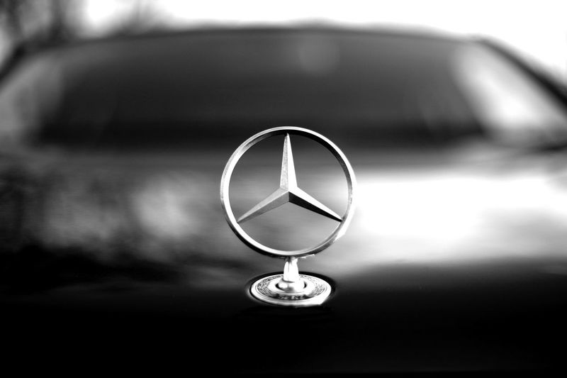 Benz Logo Mercedes Mercedes-Benz Close-up Focus On Foreground Geometric Shape Motor Vehicle