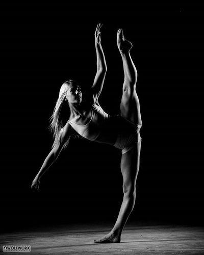 Fit Strong Balance Dance Dancer Ballet Ballerina Instagramfordancers Worldofballerinas BalletSpirit Ifeaturedancers Pentaxsa Dancerspage1 Igbest_shotz Wolfworx Pentax