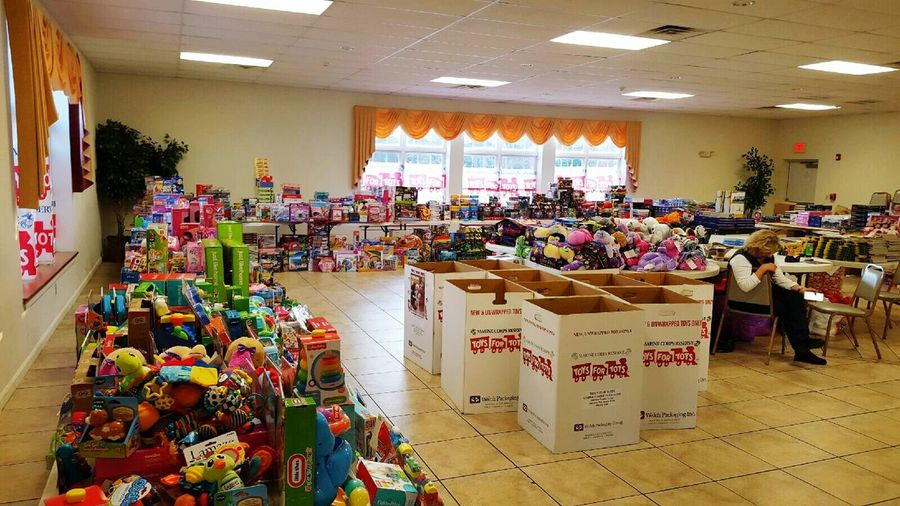 Toy drive was a majore success this year! 14 thousand presents donated! Giving back is not a choice for me it's an obligation.First Eyeem Photo Toysfortots Toys Philanthropy Helping Hand Donate Donationtime Christmastime Giveback Christmas Christmasspirit Givingback Philanthropist Agape AgapeLove