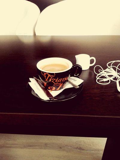 Coffee, tea, or... me ? 😁