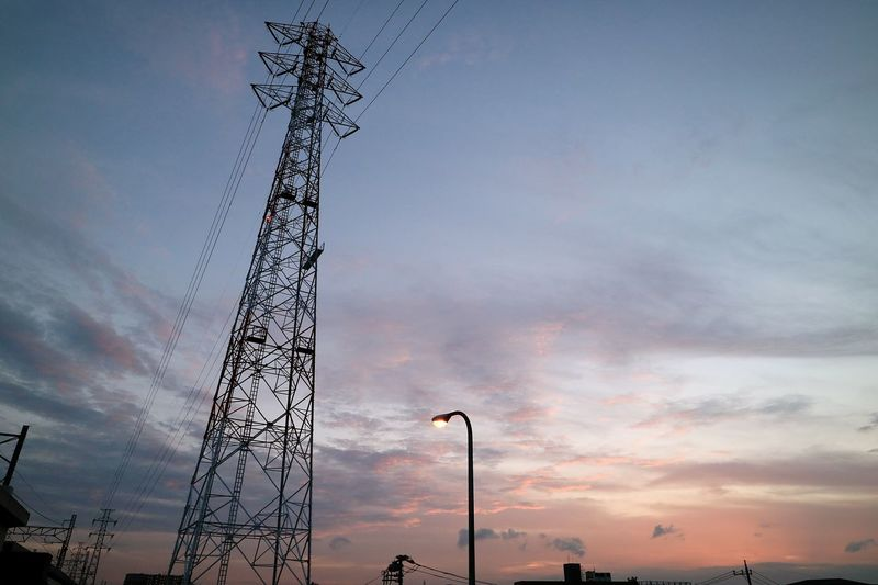 Highvoltage Tower Steeltower Lightpole Sunset Sunsets Sky Skyporn Cloud Cloudporn Tokyo Japan