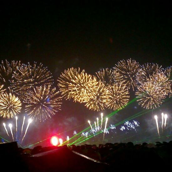 Фото салют за 275 миллионов во  Владивосток на  саммит  АТЭС APEC2012