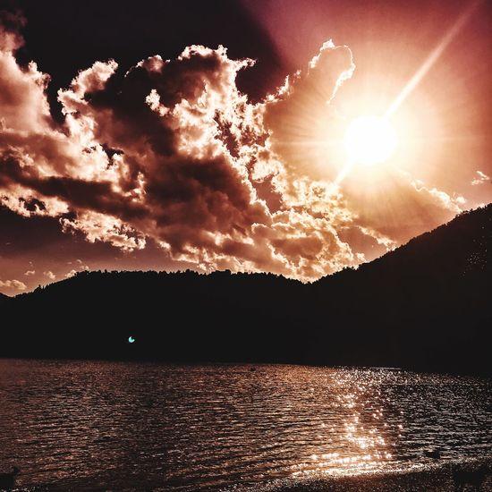 Sun Scenics Sunlight Nature Sky Beauty In Nature Sunset Mountain Water Day Landscape Outdoors Idyllic Sea
