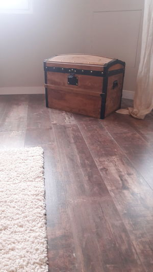 EyeEm Selects Indoors  Home Interior Domestic Room No People Home Improvement Bathroom Day Parquet Floor Parquet Flooring Parquet House Trunk Trunks Trunk Tree Wood Trunk Wood Trunks Chest Wood Chest