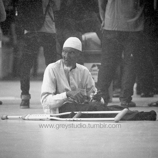 Bum Homeless Blackandwhite Survive Taglinephotos Greystudio Photography
