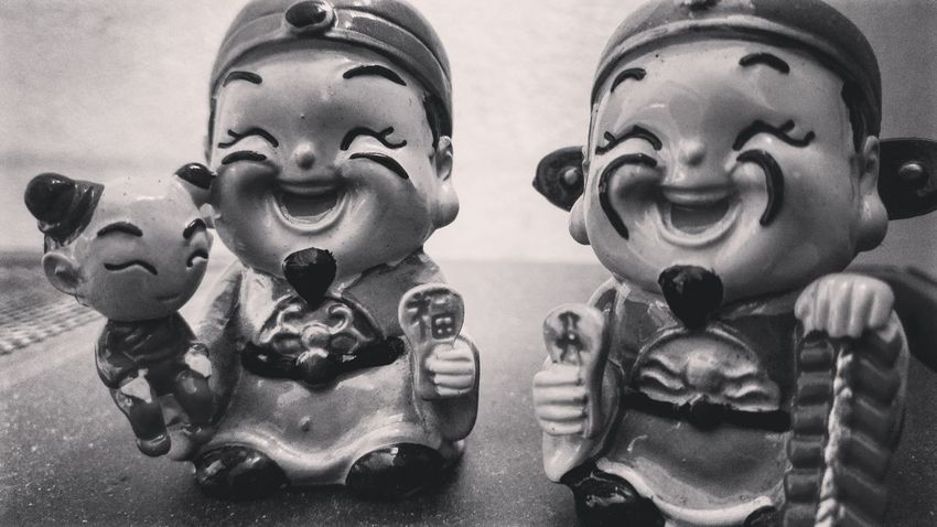 Human Representation Female Likeness Two People Statue Smiling Close-up Sculptures Chinese Culture