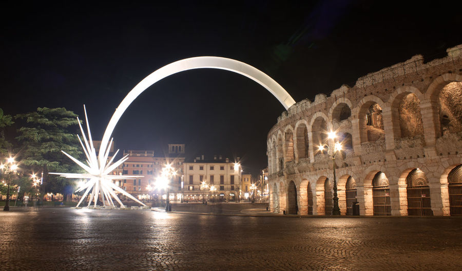 Architecture Arena Arena Di Verona, Italy Christmas Night Lights Night Photography Nightphotography Verona Verona Italy Arena Di Verona Arena Star Arenadiverona Christmas Decoration Night Verona By Night