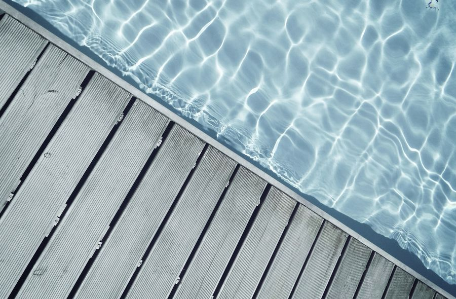 Pool daaaay 👙🌴. BYOPaper! Swimming Pool No People Backgrounds Water Reflection Pool Simplicity Minimalism Minimalobsession Structure Lines Outdoors Sunshine The Architect - 2017 EyeEm Awards Taking Photos Shootermag EyeEm Best Shots