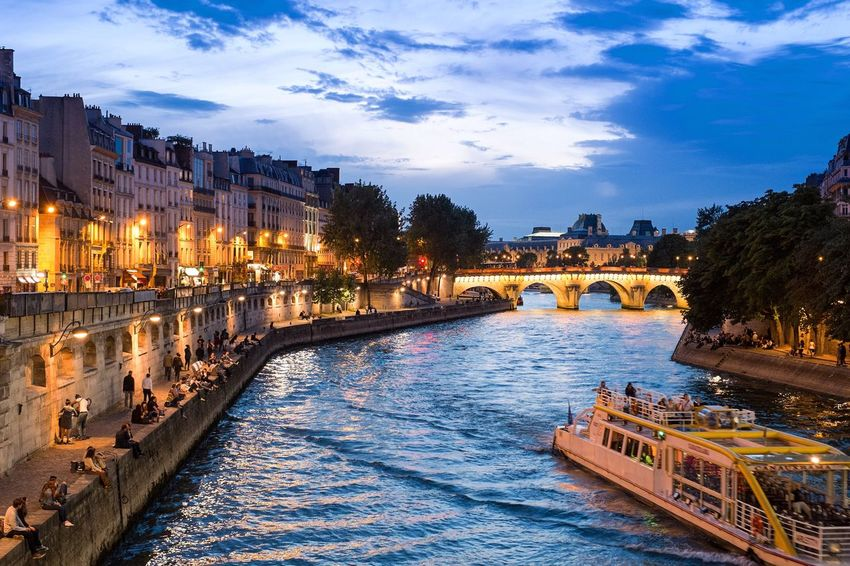 One of the best thing to do in the city of light is to simply sit on the side of the River Seine at night and enjoy a bottle of wine or two! The river flows right though the heart of Paris bordering several different districts. Paris France Europe Seine River Banks Seine Evening Sky Evening Relaxing Amazing View Cruise River View Enjoying Life City Life Fujifilm_xseries Xpro1 Peaceful View Chilling