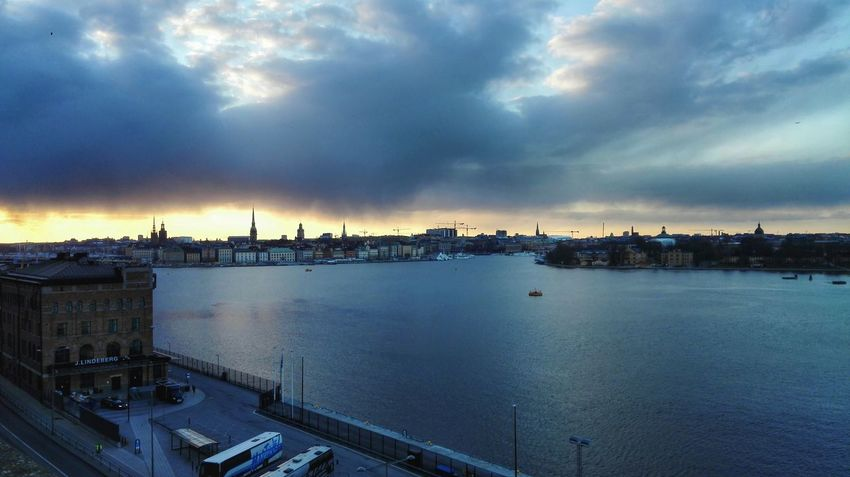 Sunset Cloud - Sky Cityscape Architecture Travel Destinations City Outdoors Night Sea Tranquility Water Built Structure Urban Skyline Landscape Horizon Over Water Scenics Sky Sweden Stockholm Huawei