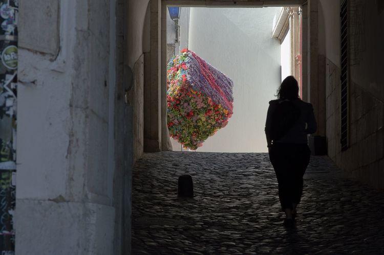 A silhouette of woman Lisbona Shadow Street Woman Silhouttes