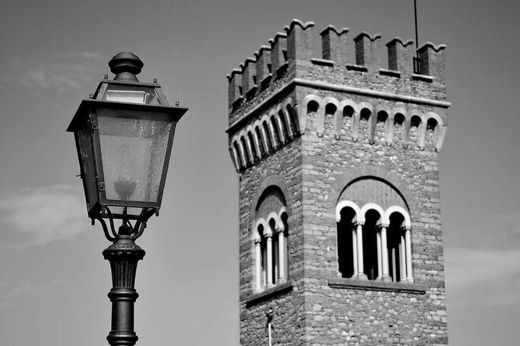 City Street Light History Cultures Architecture Sky Building Exterior Built Structure