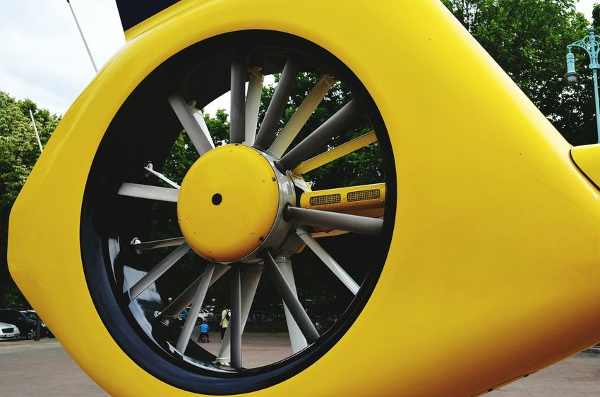 Detailphotography Close Up Technology Helicopter ADAC Hubschrauber  Rotor Rotor Blades Rettungshubschrauber Yellow Outdoors No People Rescue Rescue Vehicle Heckrotor Propeller Air Vehicle Industrial Windmill Wind Turbine Rescue Worker Aircraft Wing