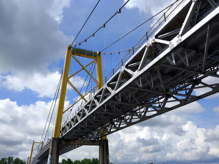 the bridge around of city Banjarmasin INDONESIA City EyeEm Selects Economy Object Golf Club City Girder Steel Industry Business Finance And Industry Bridge - Man Made Structure Building - Activity Metal Sky Suspension Bridge Construction Equipment Steel Cable