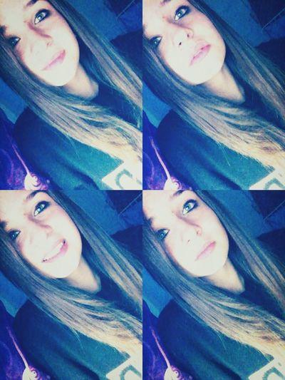 ~Da piccola facevo finta di piangere,ora faccio finta di sorridere.??