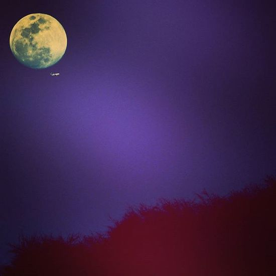 Lets fly to the moon and come back again <3 Moon Flight Lowlights Photographer Photography Canon Canon700D Canon_official Canonphotography Mountains Picoftheday Clickedatrightmoment Amerfortjaipur Jaipurdiaries Jaipur Jaipurcityblog Jaipurlove Instagram Instagraphy Instapic Instaclick :) <3