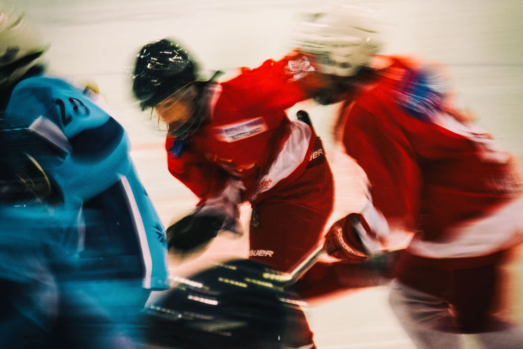 Blurred Motion Fun Give Everything Hockey Hockeylife Indoors  Kids Sports Kids Sports Photo Match Motion Multi Colored Real People Red Skating ✌ Speed Team Sport