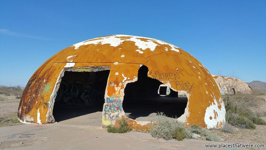 Fractured dome. http://www.placesthatwere.com/2015/11/mysterious-abandoned-casa-grande-domes.html Architecture Ruins Flying Saucer Arizona UFO Industrial Decay Urban Exploration Abandoned Decay Abandoned Buildings Derelict Abandoned Places Urbex Artifact