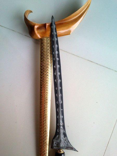 Keris Pamor Bonang Rinenteng era Mataram Baru Weapon Weapons Keris Indonesia Traditional Indonesia Culture EyeEm Selects No People Indoors  Close-up Day