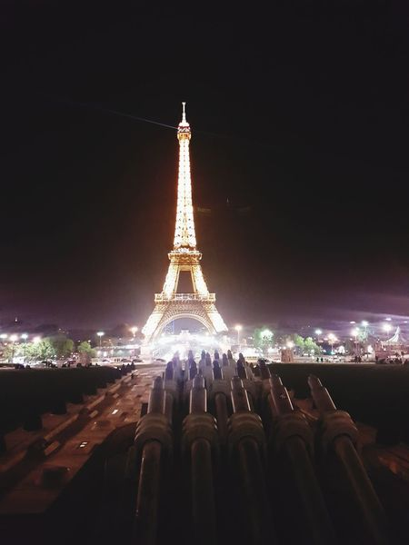 EyeEmNewHere Tower Night Travel City Tourism Illuminated Outdoors History Built Structure No People Sky Paris Photography ParisByNight Shoot Tranquility Monument Eiffel Tower♥ Champ De Mars