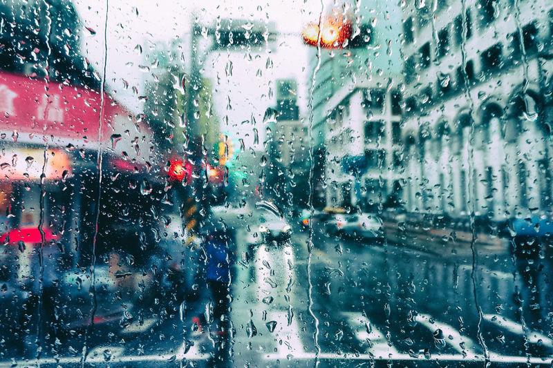 CITY IN DA RAIN. Amazing View City Views Cityintherain Colourful Rain Drops Rainy Days Special👌shot The Week Of Eyeem The Week On EyeEm Xhinmania