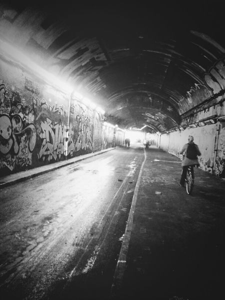 Two Wheel Tunnelling Blackandwhite Andrographer DroidEdit AMPt_community